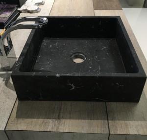 lavabo de mármol modelo cuadrado